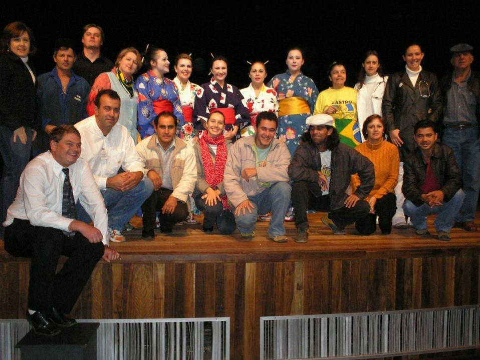 Teatro realizado em Castro Pr. para o lançamento do Programa 5 S.
